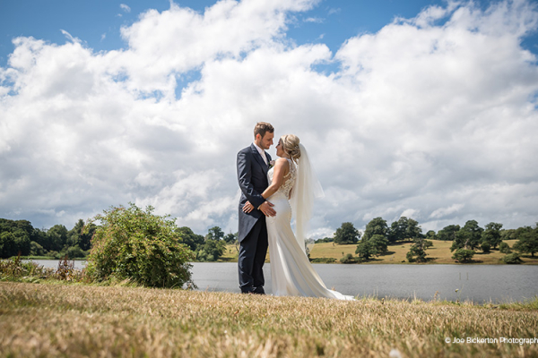 A Couple by the Mere at Combermere Abbey | Wedding Venues Cheshire