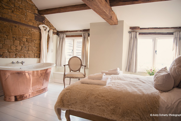 The luxurious honeymoon suite at Crockwell Farm wedding venue in Northamptonshire | CHWV