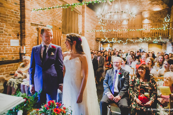 A wedding ceremony at Curradine Barns wedding venue in Worcestershire | CHWV
