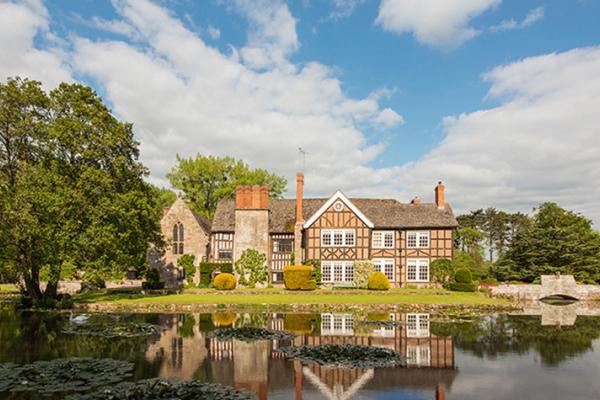 Home Wedding Ideas | 6 Contemporary Country House Wedding Venues Chwv