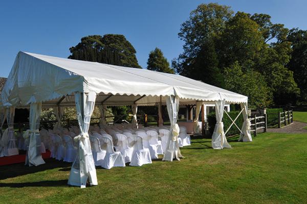 Outdoor Wedding Ceremony Locations: Outdoor Wedding Ceremonies