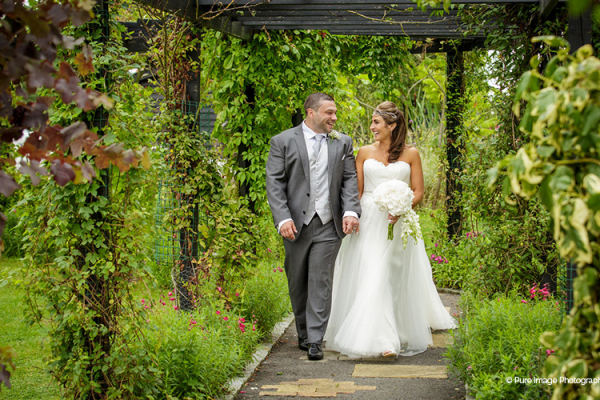 A stroll in the beautiful gardens at High House Weddings wedding venue in Essex | CHWV
