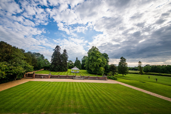 The Grounds at Holmewood Hall | Wedding Venues Cambridgeshire