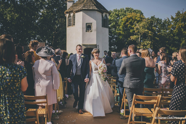 Happy couple just married at Homme House wedding venue in Herefordshire | CHWV
