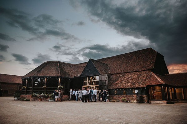 Drinks reception at Lillibrooke Manor wedding venue in Berkshire | CHWV