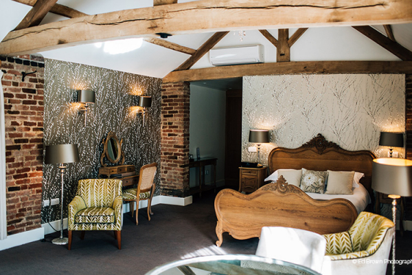 The Honeymoon Suite at Mythe Barn wedding venue in Leicestershire | CHWV