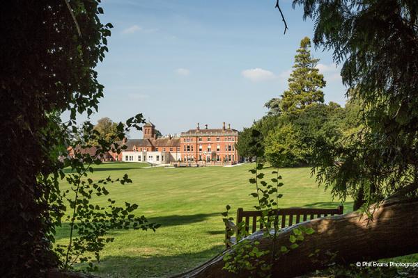 Wedding Reception Venues In Hampshire: Barn, Marquee & Manor Houses