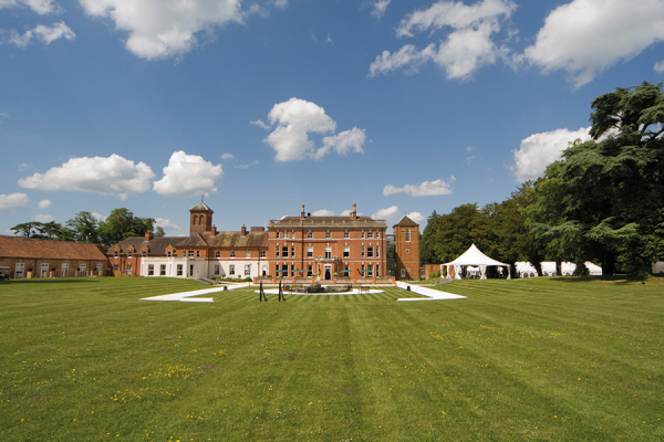 Wedding ideas country house wedding venues for Wedding venues open late