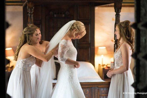 A bride getting ready at Oxnead Hall wedding venue in Norfolk | CHWV