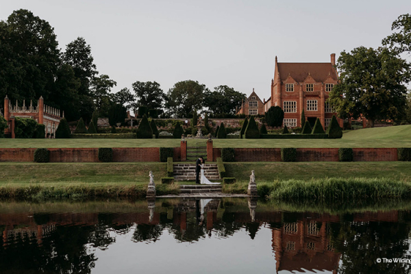 The lake at Oxnead Hall wedding venue in Norfolk | CHWV
