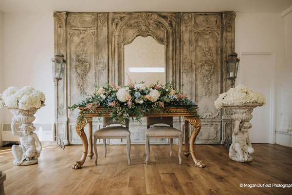 The ceremony table at Oxnead Hall wedding venue in Norfolk | CHWV