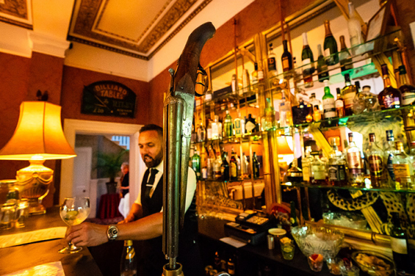 The bar at Penton Park wedding venue in Hampshire | CHWV