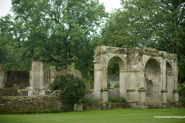 The ruins in the grounds at Slaugham Place wedding venue