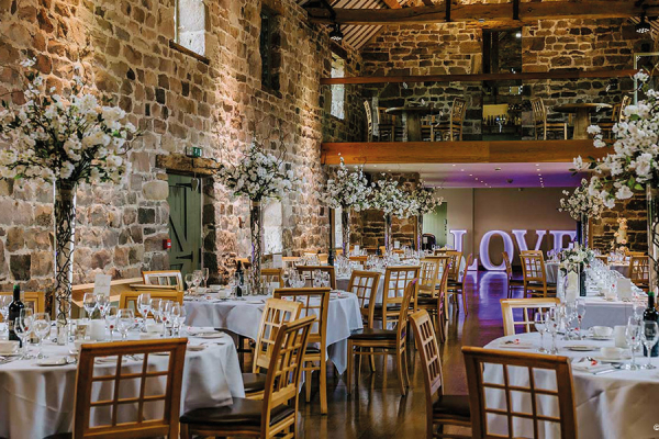 Wedding Reception West Midlands: 5 Barn Wedding Venues In The West Midlands