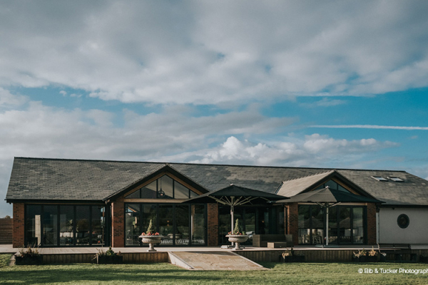 Beautiful sunshine at The Boat House garden wedding venue in Staffordshire | CHWV