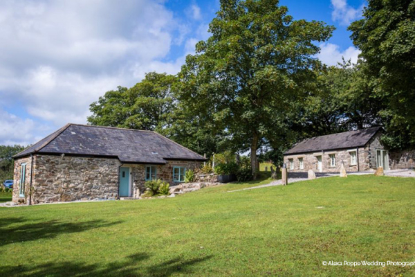Two of the barns at The Green wedding venue in Cornwall | CHWV