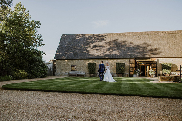 The Tythe Barn wedding venue in Oxfordshire | CHWV