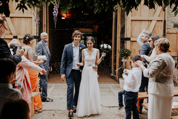 Just married at The Tythe Barn wedding venue in Oxfordshire | CHWV
