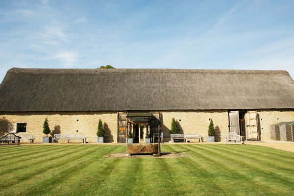 Old Luxters Barn Wedding Venue Henley On Thames: Wedding Venues In Oxfordshire