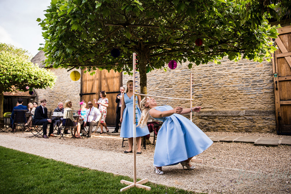 Garden games fun at The Tythe Barn wedding venue in Oxfordshire | CHWV