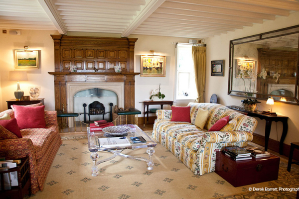Lounge at Tofte Manor | Wedding Venues Bedfordshire