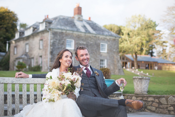 A happy couple at Tredudwell Manor wedding venue in Cornwall | CHWV