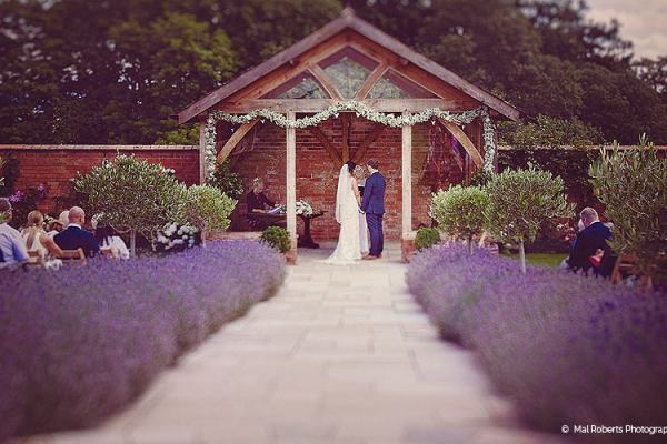 Upton Barn - Devon wedding venue