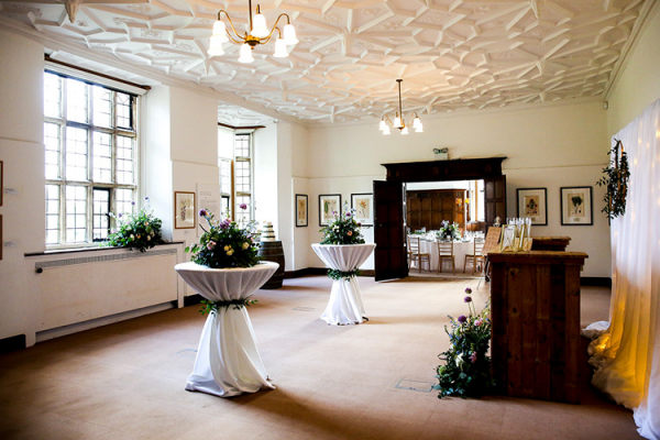 Beautiful flowers decorate Wakehurst wedding venue in West Sussex | CHWV