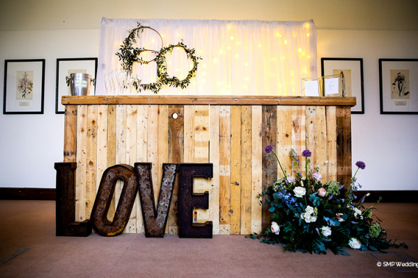 Lovely decorations at Wakehurst country house wedding venue in West Sussex | CHWV