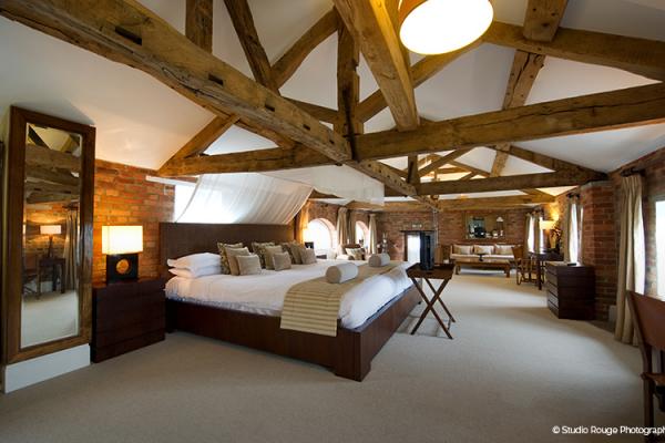 The honeymoon suite at Wasing Park - Berkshire Wedding Venue
