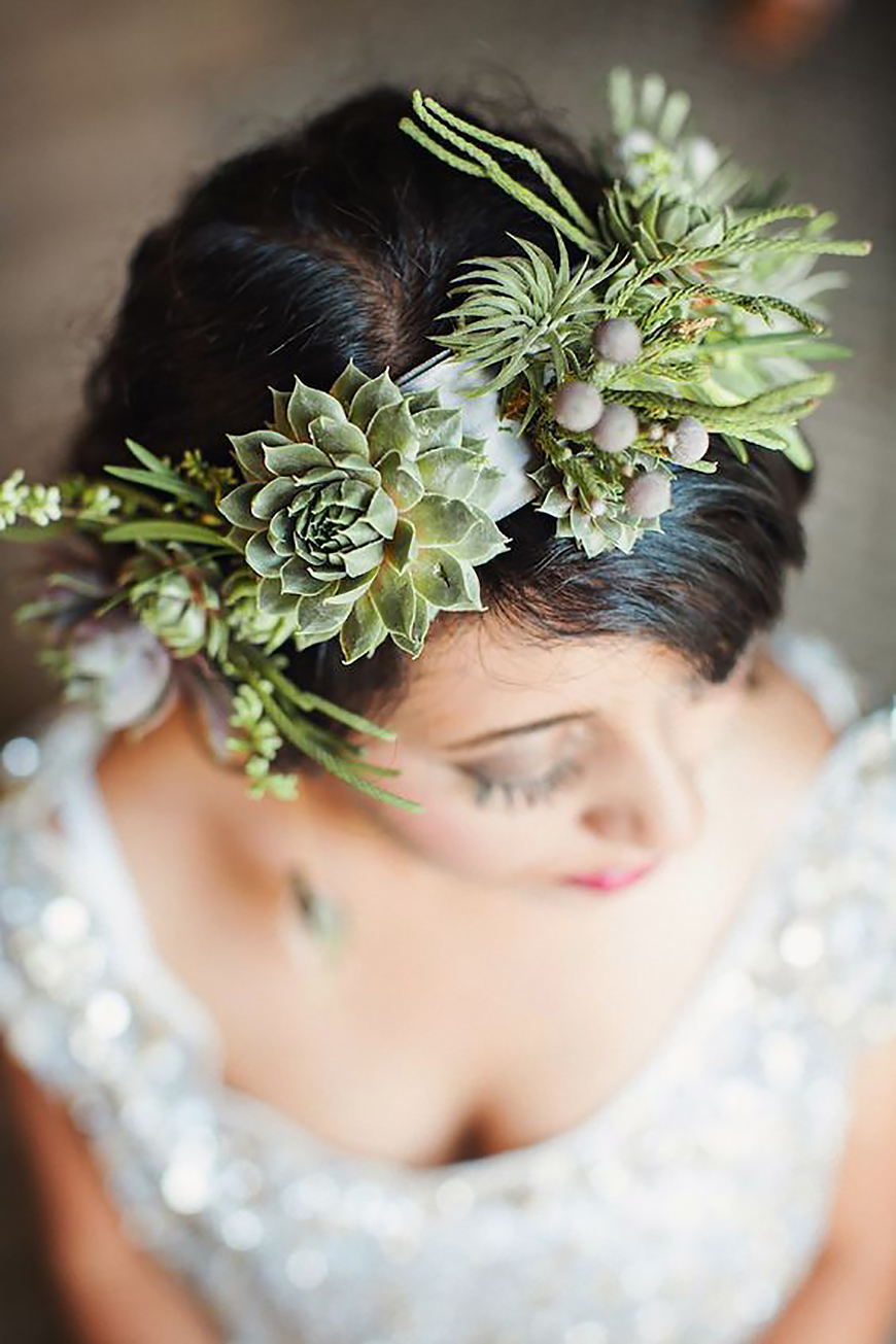 10 Ways To Use Succulents At Your Wedding - Hair accessories | CHWV