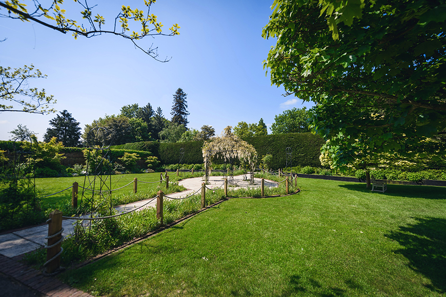 9 Garden Wedding Venues That Are Perfect For Summer - Gaynes Park | CHWV