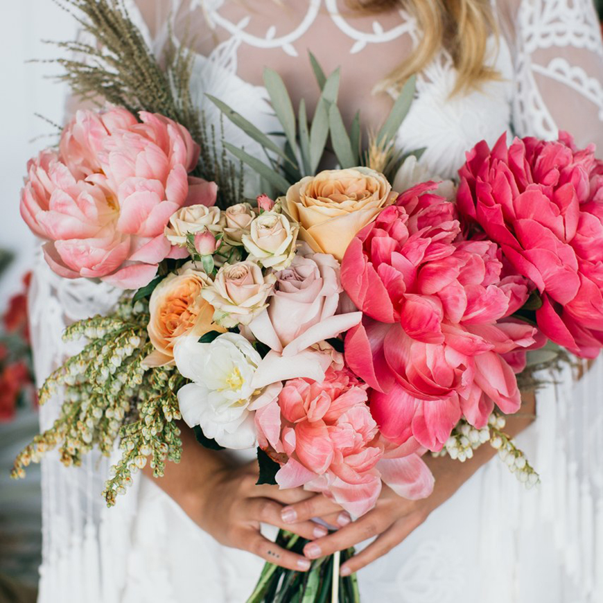 Spectacular Summer Wedding Flowers - Huge flower heads | CHWV