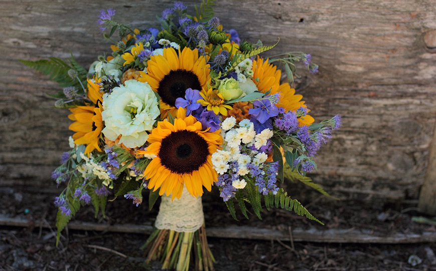 september wedding flowers wedding flowers in season chwv. Black Bedroom Furniture Sets. Home Design Ideas