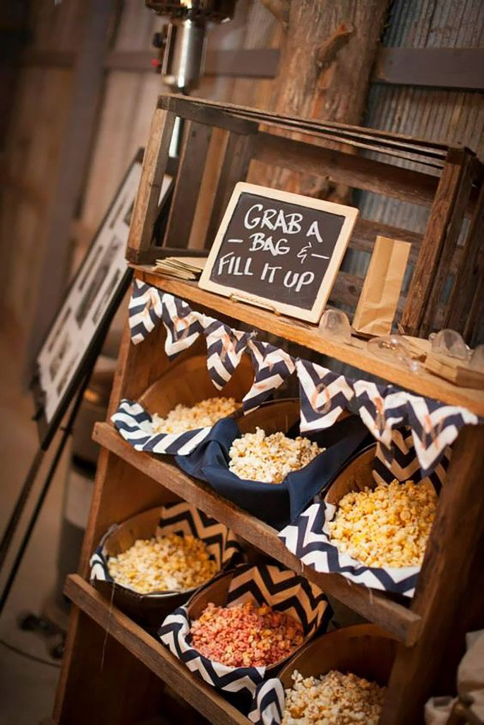 Wow Your Guests With A Theatrical Wedding Theme