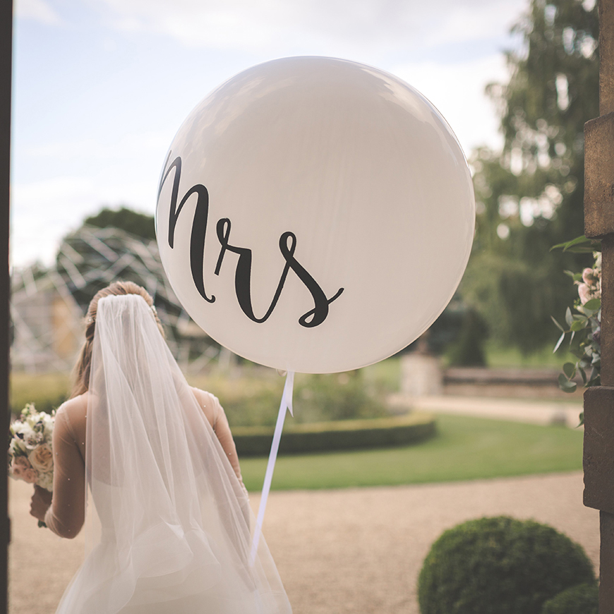 10 Things You Don't Actually Need For Your Wedding - Bouquets | CHWV