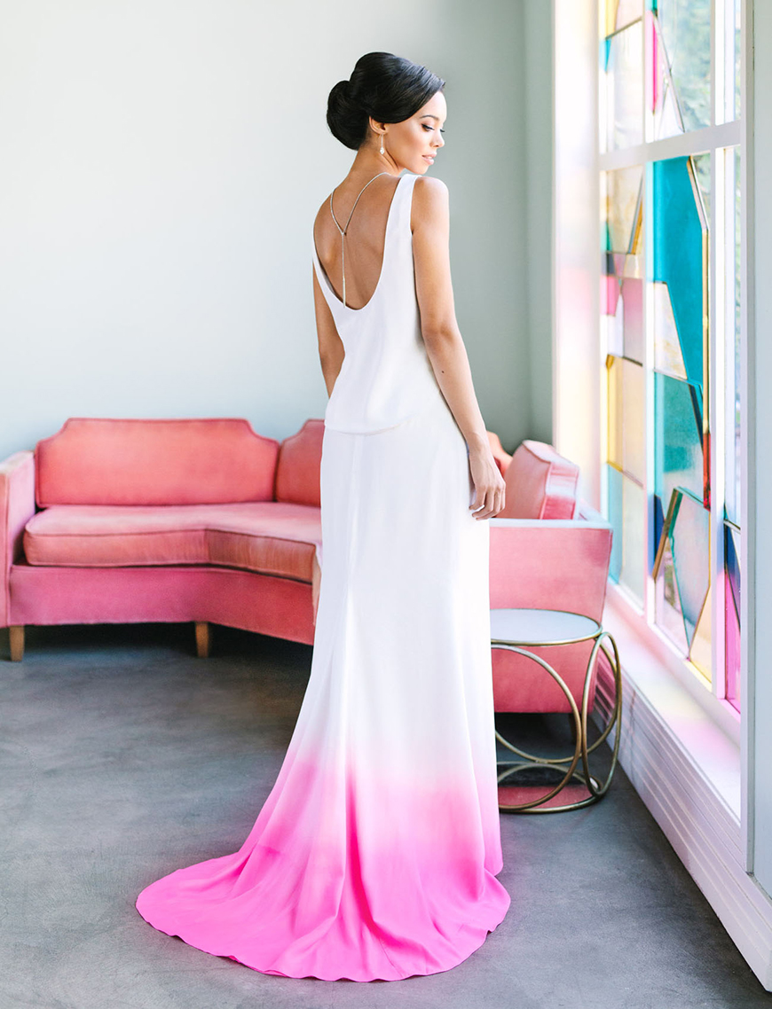 17 Unique Wedding Ideas To make Your Wedding Stand Out - All white | CHWV