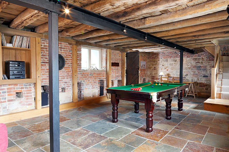 Venue View – Hendall Manor Barns - Games Room | CHWV