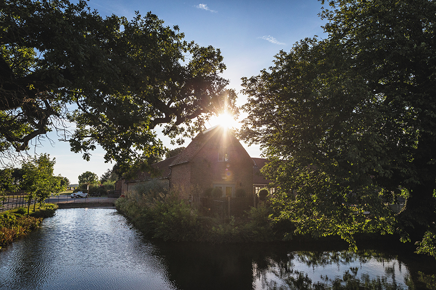 9 Unmissable Waterside Wedding Venues - Bassmead Manor Barns | CHWV