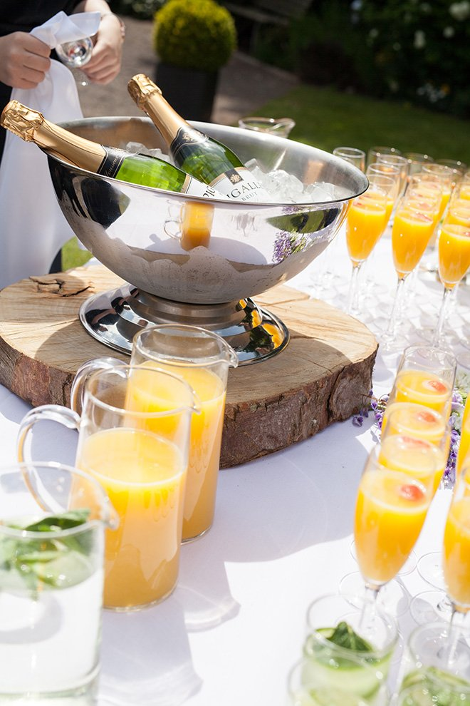 How to host a quintessentially English wedding afternoon tea party - Drinks | CHWV