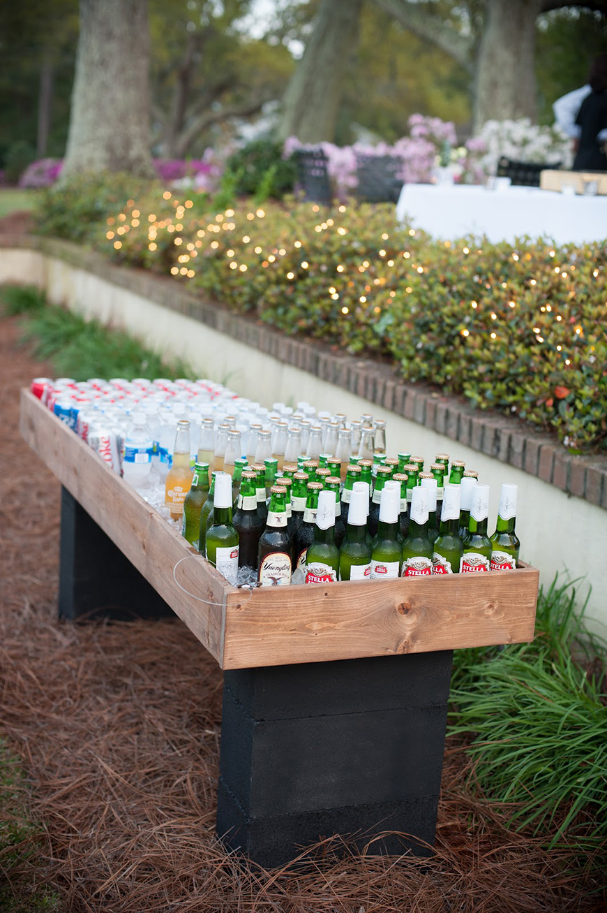 Wedding Drinks With A Difference - Outdoor drinks table | CHWV