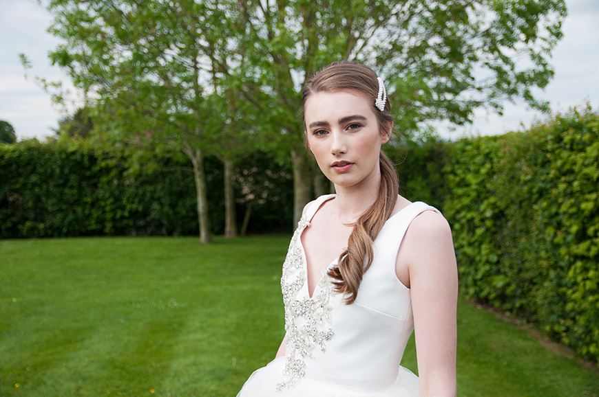 Wedding Hair and Makeup Tips For A Contemporary Bridal Look   CHWV