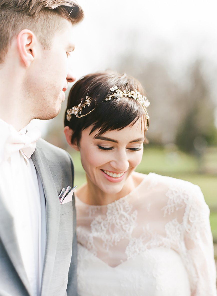 The Best Wedding Hairstyles For Short Hair - Hair vines | CHWV