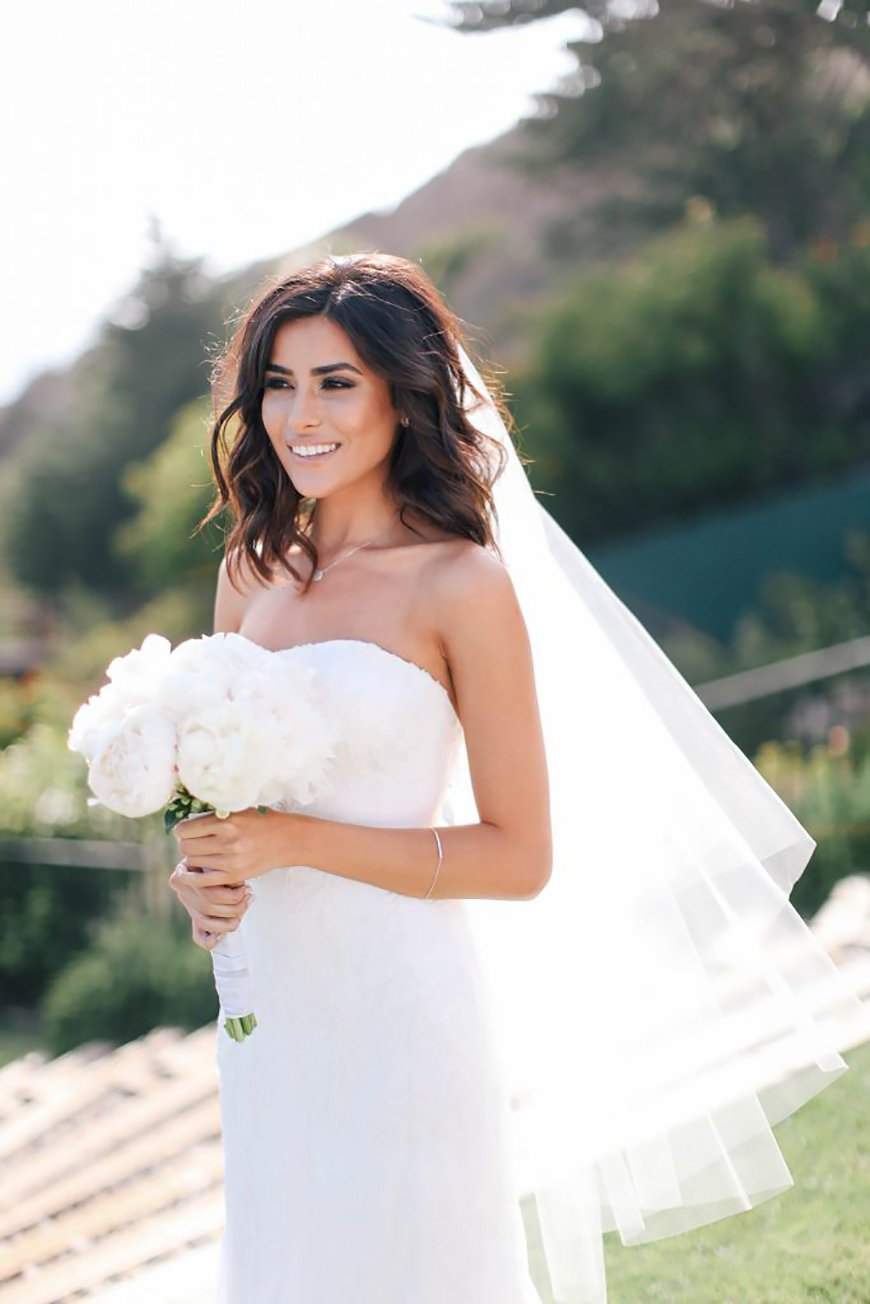 The Best Wedding Hairstyles For Short Hair - Tousled tresses | CHWV