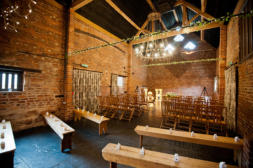 7 Stunning West Midlands Wedding Venues - Curradine Barns | CHWV
