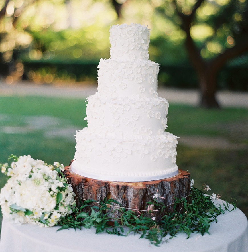Wedding Ideas By Colour: White Wedding Cakes - All white | CHWV